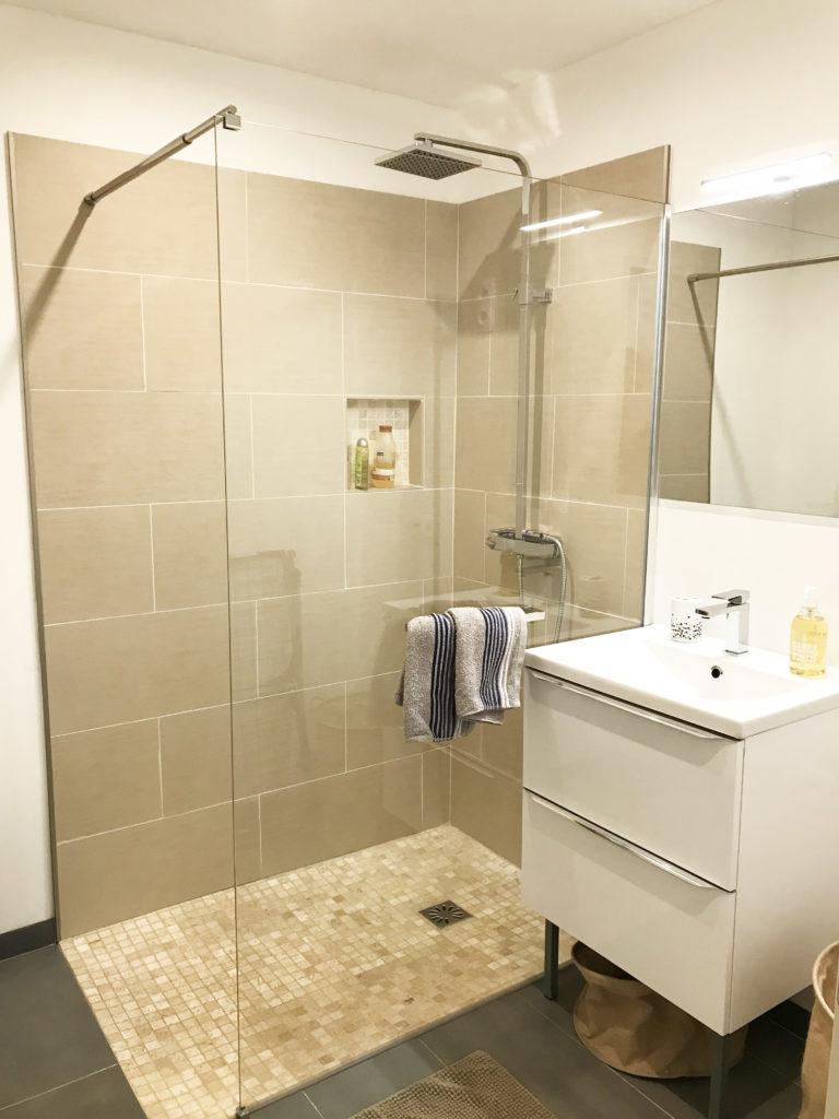 salle de bain douche a l'italienne nimes